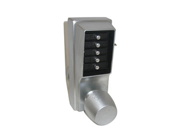 Simplex Chrome, Satin Office/Entrance Lock Product Number: 1011-26D